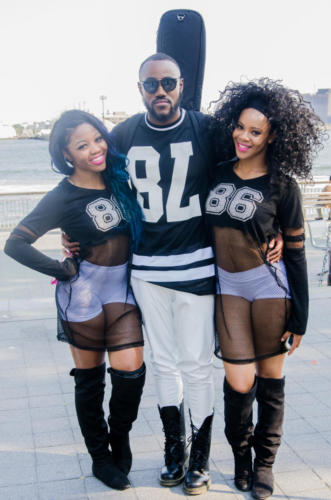 Jamal group pose (great) 5520