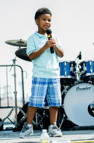 LES Bands 8 2015 singer Darrian M