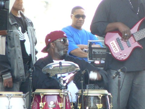 PJ LES bands 08